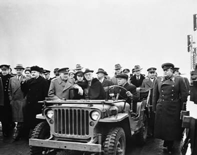 http://waralbum.ru/wp-content/uploads/yapb_cache/molotov_cherchill_roosvild_1945.8esaszh1y6os8oos4kkcoow4k.ejcuplo1l0oo0sk8c40s8osc4.th.jpeg